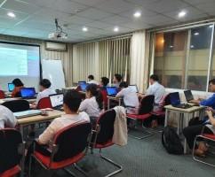 """Robusta khai giảng khóa """"Administering Microsoft SQL Server Databases"""""""